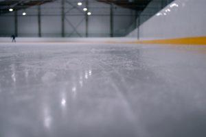 Lodowisko w hali namiotowej- alternatywa dla lodowisk plenerowych
