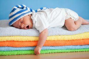 Jak wygląda badanie słuchu u niemowląt?